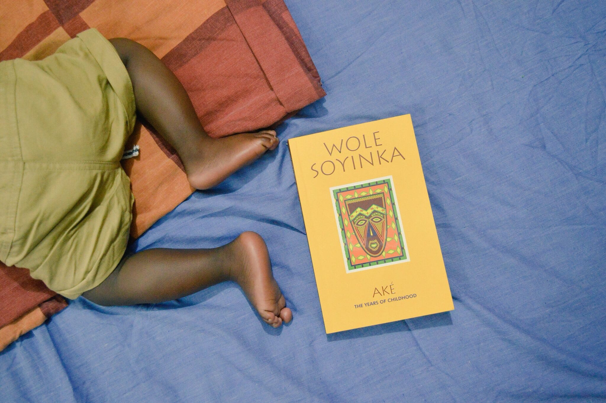 Book Review: Wole Soyinka – Aké